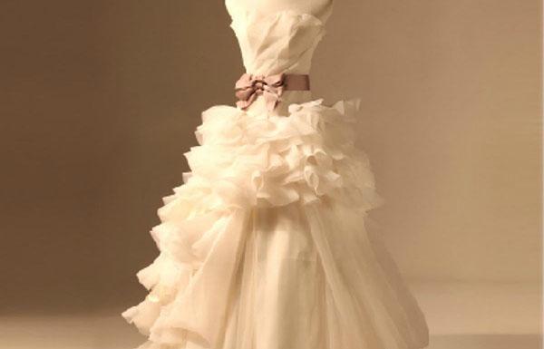 婚纱的洗涤要领