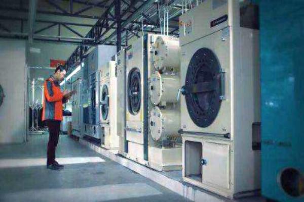 干洗店一套设备大概多少钱?